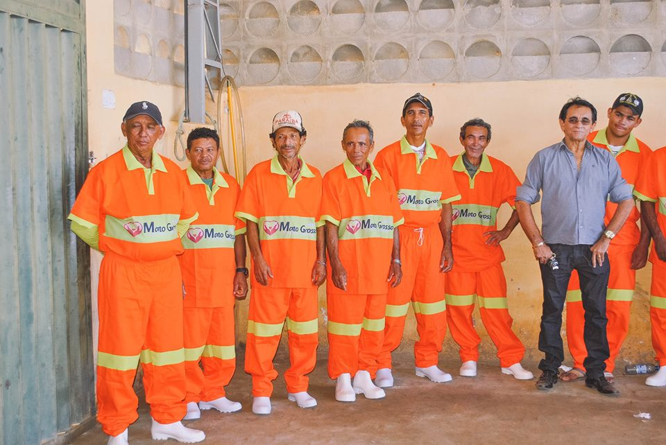 Prefeitura de Mato Grosso entregou equipamentos de proteção dos agentes de limpeza