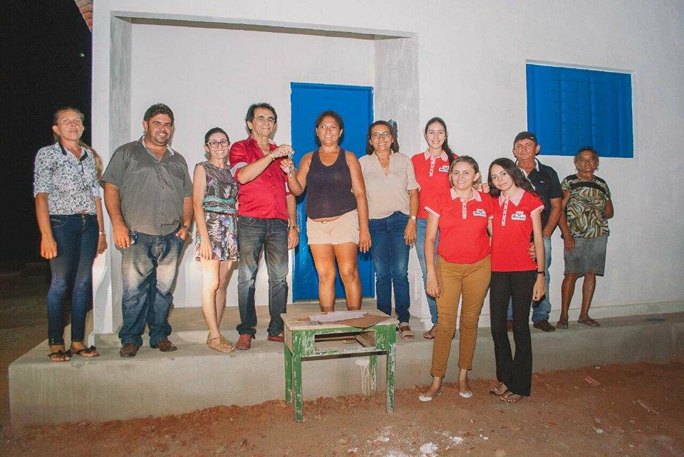 Doca Lima entregou a casa própria para mais cinco famílias