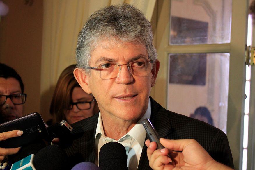 Ouça: Ricardo Coutinho anuncia que não realizará adutora do Médio Piranhas