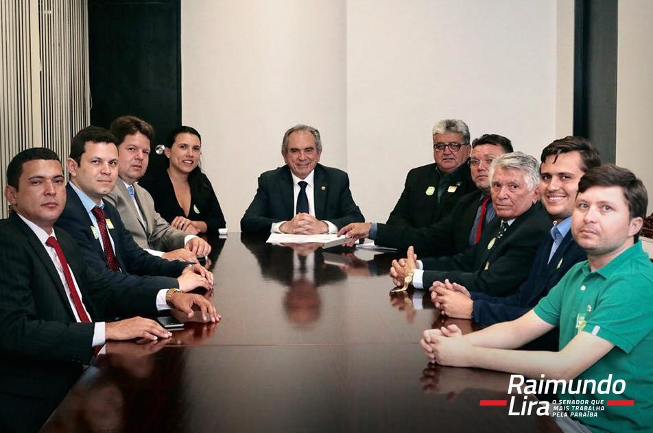 Prefeito de Lagoa participou de encontro com Raimundo Lira em Brasília