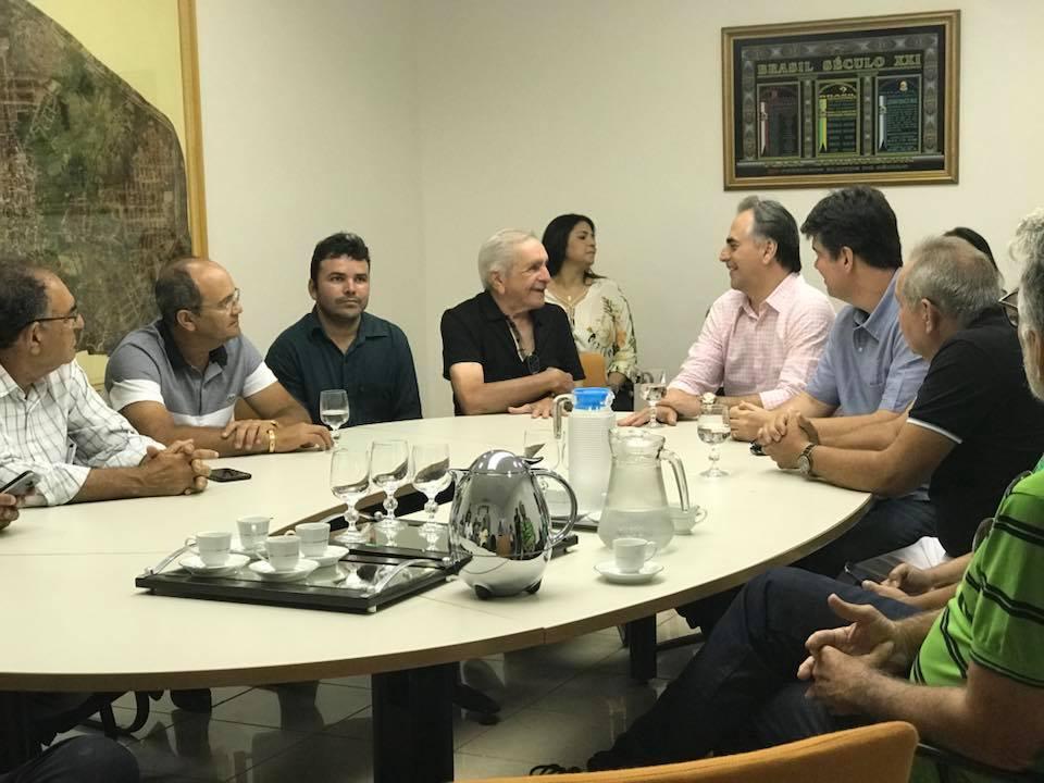 Lucélio e Ruy Carneiro recebem apoio do prefeito de Catolé do Rocha
