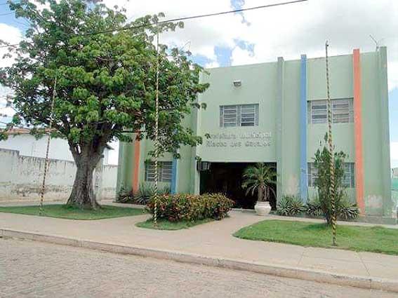 Prefeitura de Riacho dos Cavalos inscreve para processo seletivo com 65 vagas