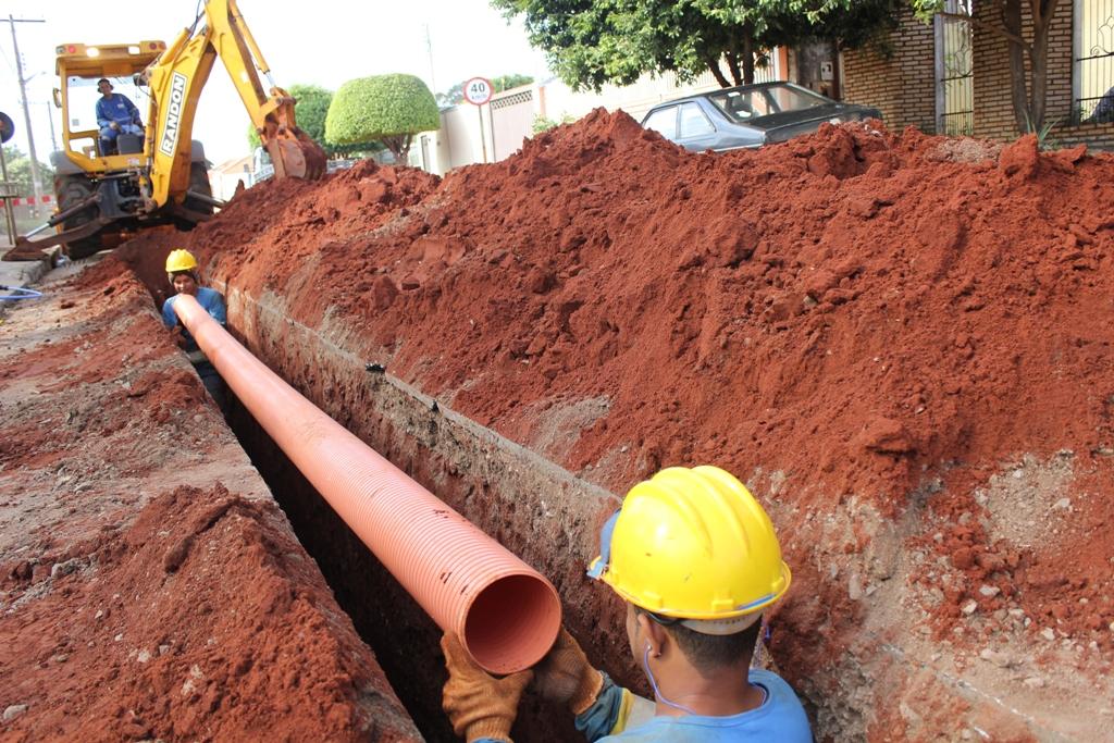 Governo da PB vai concluir esgotamento sanitário de Belém e São Bento