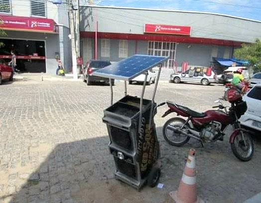Carro volante alimentado por Energia solar em Pombal