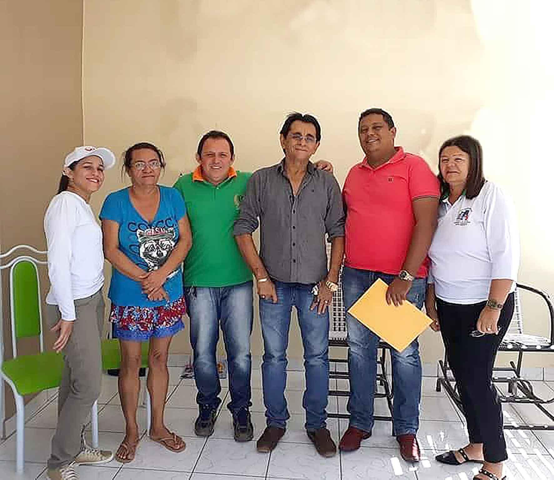 Prefeito de Mato Grosso dialoga com representantes de Sindicato dos Agentes de Saúde e Endemias