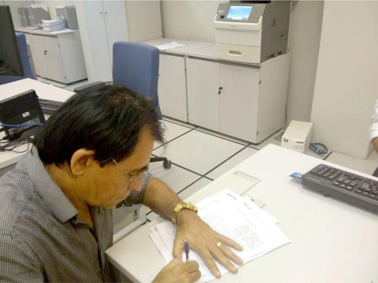 Prefeito de Mato Grosso assina contrato com CEF para aquisição de patrulha mecanizada