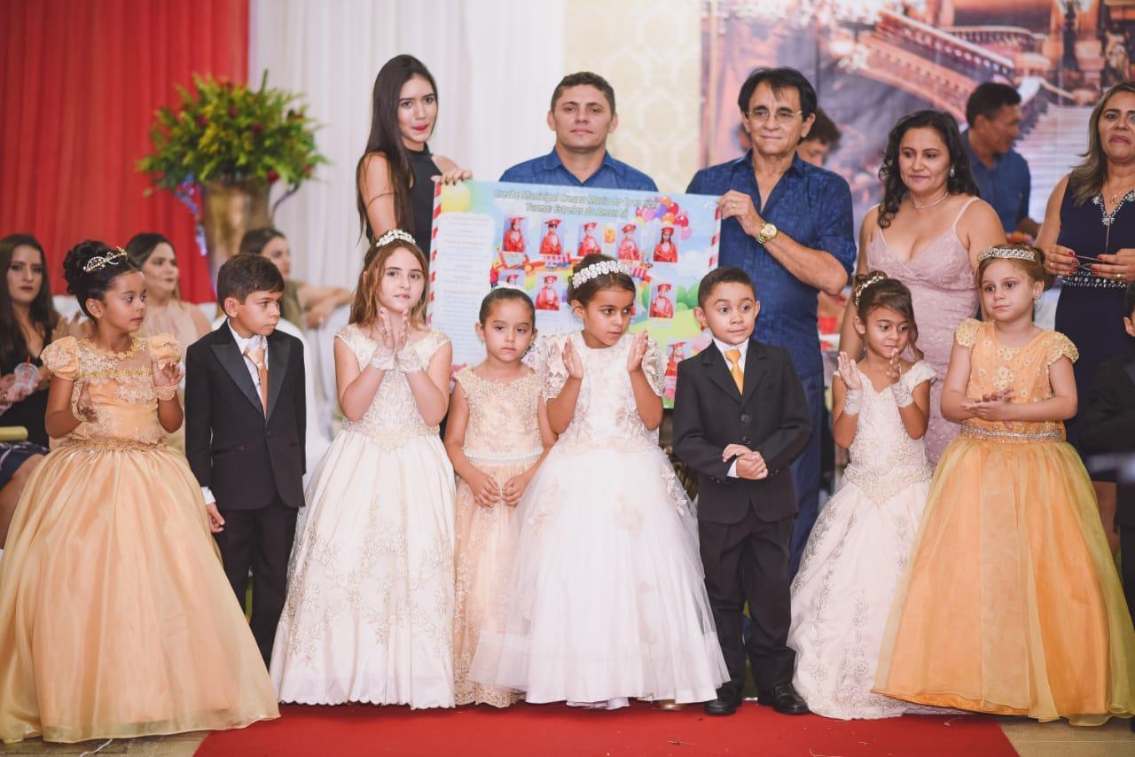 Alunos da Creche Municipal de Mato Grosso participam da solenidade de formatura do ABC 2018