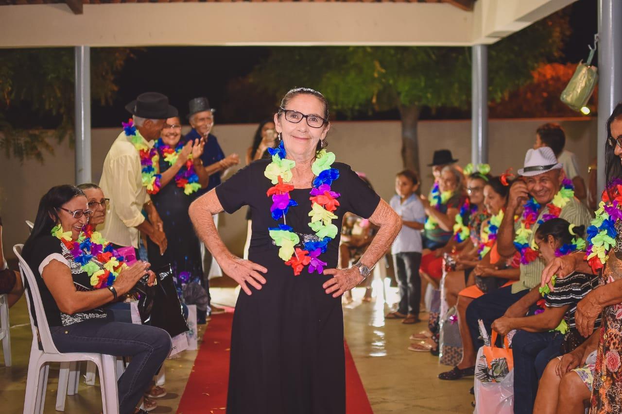 CRAS de Mato Grosso proporciona festa de confraternização para idosos