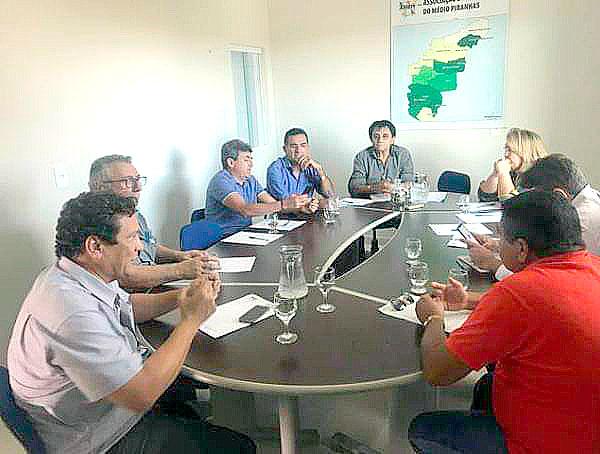 Prefeito de Mato Grosso participa de reunião da Associação de Municípios do Médio Piranhas