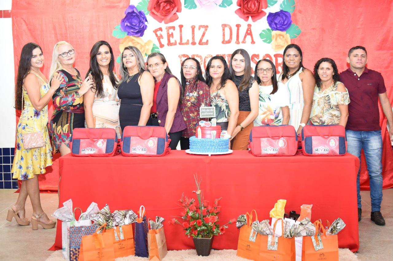 Secretaria de Educação de Mato Grosso promove evento em homenagem ao Dia dos Professores