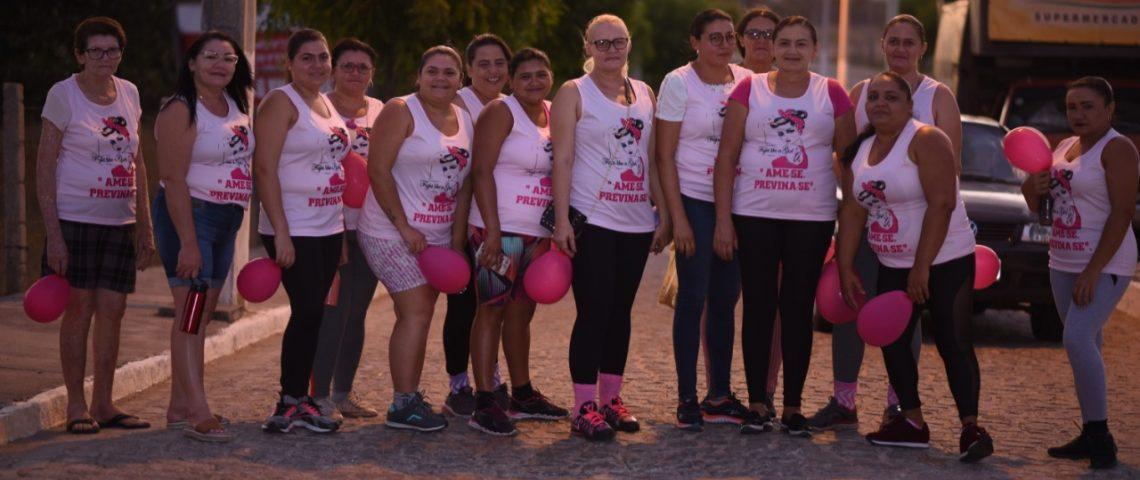 Mato Grosso realiza 1ª Caminhada do Outubro Rosa em combate ao câncer de mama