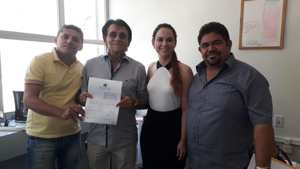 Prefeito Doca Lima assina convênio com Governo do Estado para construção de nova escola