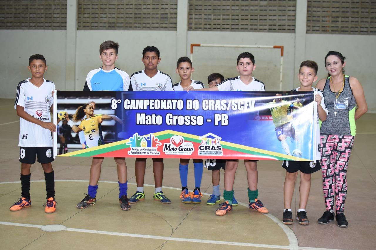 Final da 8ª Edição do Campeonato de Futsal e Handebol revela grandes talentos em Mato Grosso