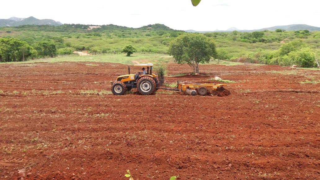 Prefeitura de Mato Grosso reforça corte de terras e redobra apoio aos agricultores neste período de chuva
