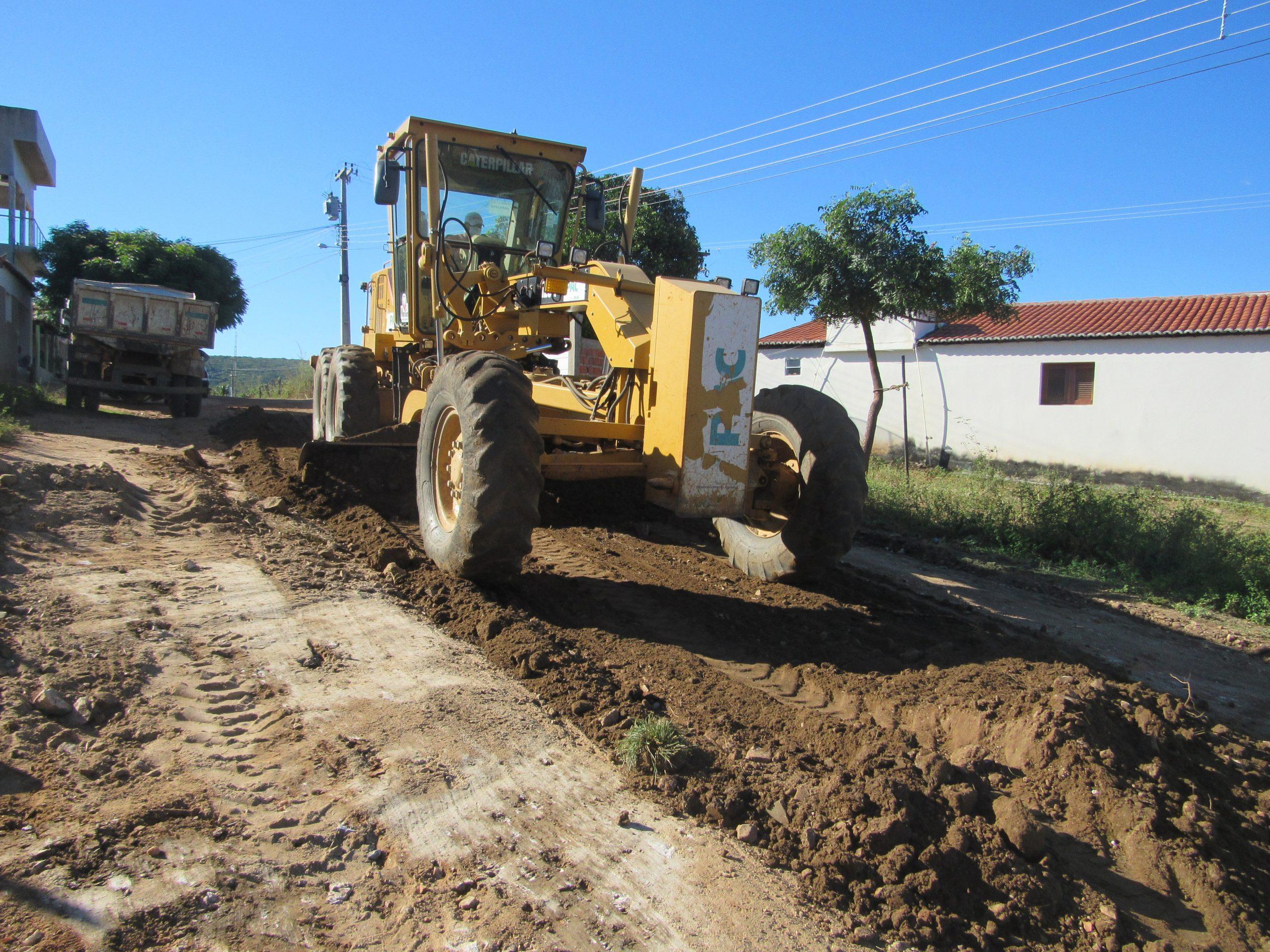 Prefeitura de Mato Grosso recupera estradas vicinais na zona rural