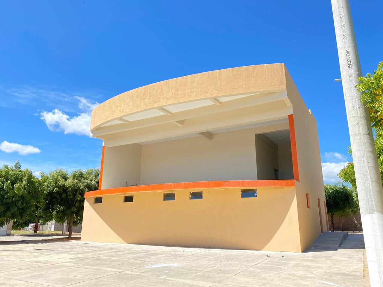 Prefeitura de Mato Grosso conclui Palco do Parque do Povo, obra abandonada pela gestão anterior