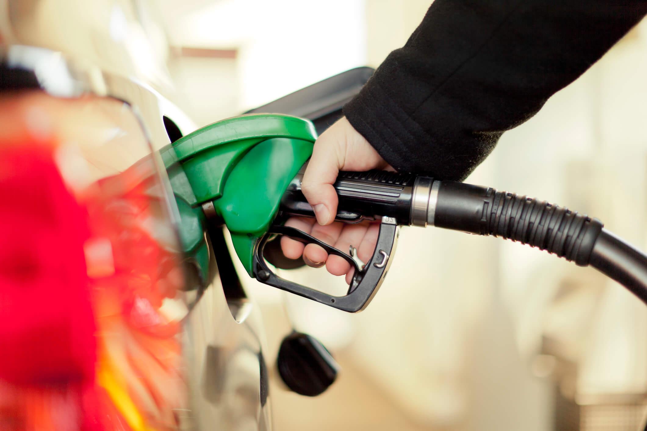 Licitações de combustíveis em Jericó e Lagoa