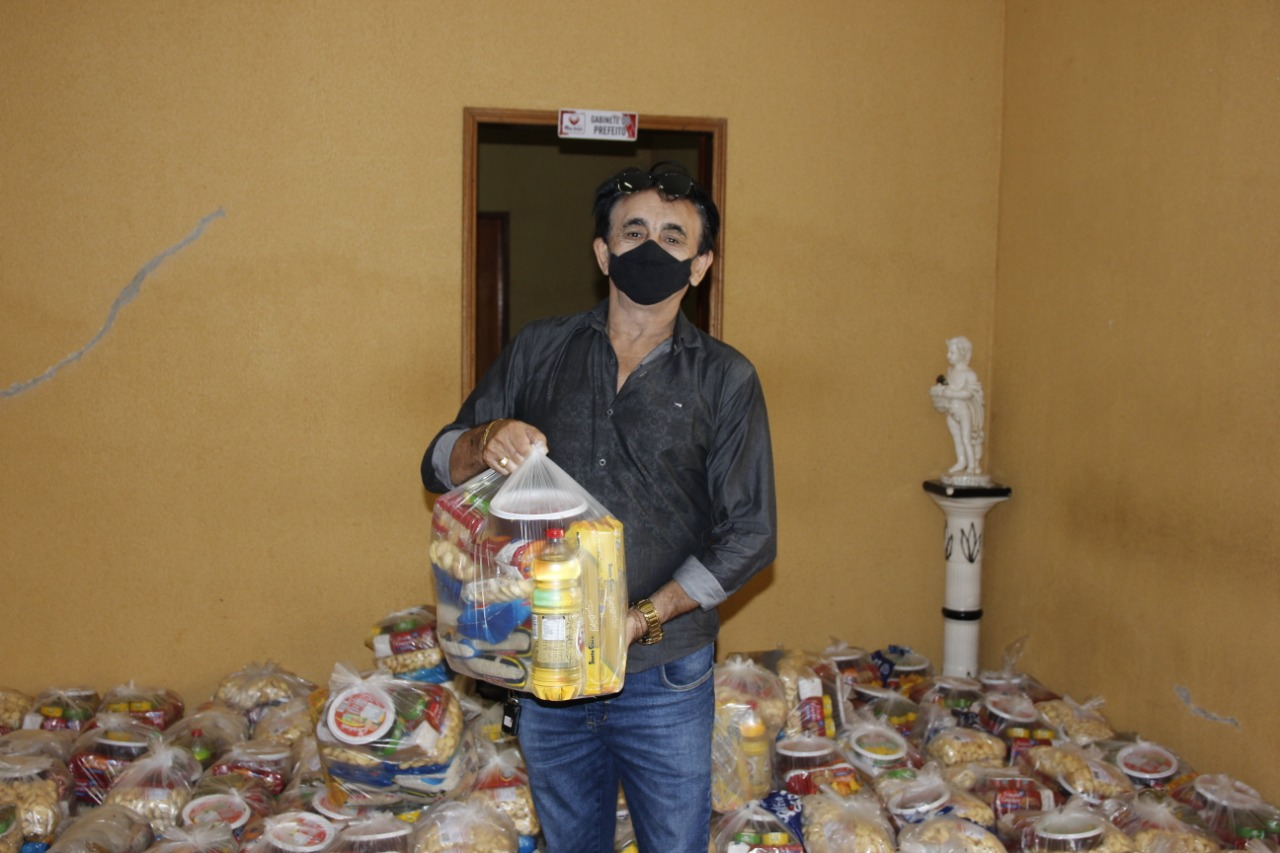 Prefeitura de Mato Grosso distribui alimentos na Semana Santa