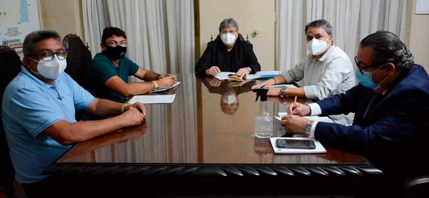 Prefeito de Jericó participa de reunião com João Azevêdo e Efraim Filho