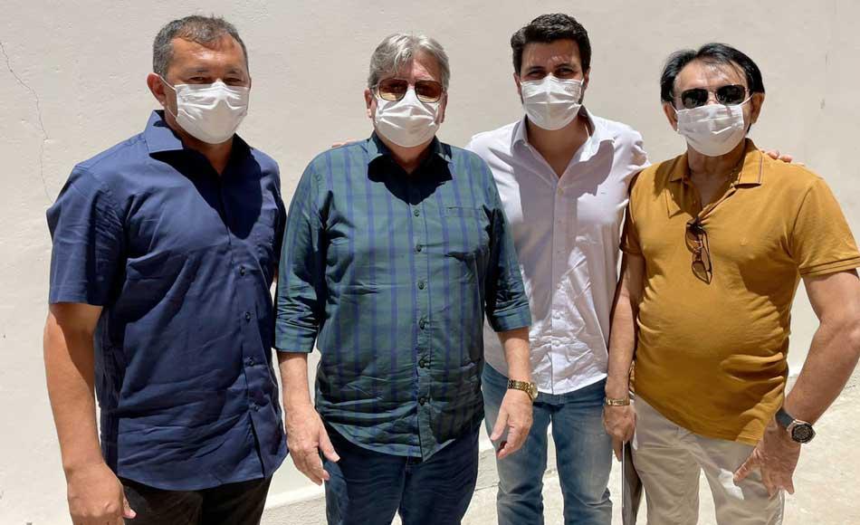 Prefeito de Mato Grosso reforça ofício ao governador solicitando pavimentação asfáltica